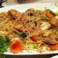 Vegetarian Pad Thai at Thai Gourmet