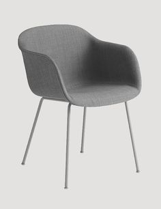 The FIBER ARMCHAIR has been designed to balance maximum comfort with minimum space. The chair has been produced from an innovative bio-composite material that includes 25% wood fibres. Designed by Iskos-Berlin #muuto #muutodesign