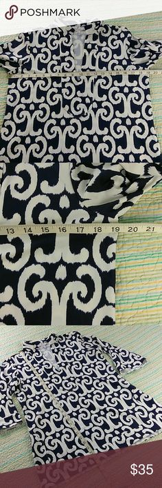 Jude Connally Size M Blue White Scroll Print Tunic Jude Connally Size M Blue White Scroll Print V-Neck 3/4 Sleeves Tunic Blouse Jude Connally Tops Tunics