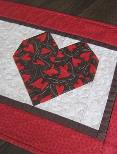 Valentine Pieced Quilted Red Heart Table Runner by QuiltingGranny