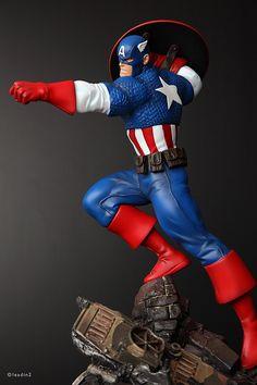 Captain America Action | Statue | Bowen Designs Marvel Comics