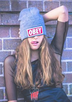 My next autumn purchase - Obey beanie Obey Beanie, Shotting Photo, Foto Casual, Photo D Art, Punk, Girl Swag, Glam Rock, Tumblr Girls, Stylish Girl