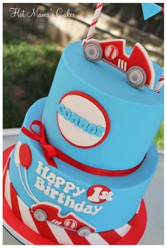 Racing car birthday cake - Hot Mama's Cakes. Love the colour scheme.