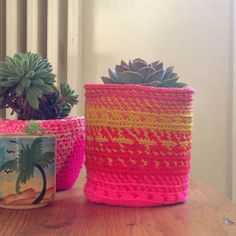 Somewhere over the Rainbow... FlowerPot // a tapestry crochet DIY by La Belette Rose