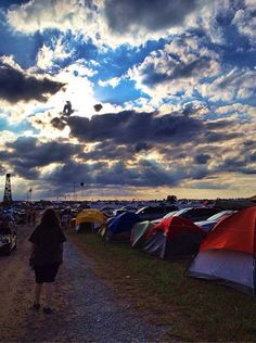 """""""The people spread some of the most positive vibes during their stay on The Farm. They are some of the most interesting and unique people out there."""" #tbt #throwbackthursday #bonnaroo (credit: @heywannathrowup on Instagram)"""