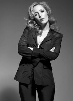 """bisexualcooper: """" Gillian Anderson for Fiasco Magazine """" Dana Scully, X Files, Manequin, Beautiful People, Beautiful Women, Idole, Famous Faces, Beautiful Actresses, Film"""