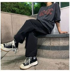 would kenma be your boyfriend or friend? u.u - Quiz Indie Outfits, Grunge Outfits, Edgy Outfits, Retro Outfits, Cute Casual Outfits, Fashion Outfits, Vintage Outfits, Tomboy Fashion, Streetwear Fashion