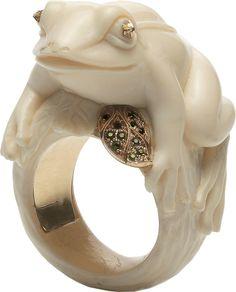 BIBI VAN DER VELDEN Frog With A Golden Leaf Ring