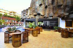 Jacaranda Tenerife Tenerife, Mansions, House Styles, Places, Outdoor Decor, Holiday, Travel, Home Decor, Teneriffe