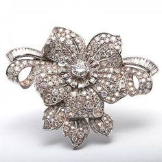Antique Art Deco 19.75 Cts Diamond Platinum Pin