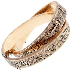 1STDIBS.COM Jewelry & Watches - Victorian Enamel 'Dove' Motif Rose... ❤ liked on Polyvore featuring jewelry, bracelets, bangles, jewels, victorian jewelry, enamel bangle bracelet, bangle jewelry, red gold jewelry and rose gold jewellery