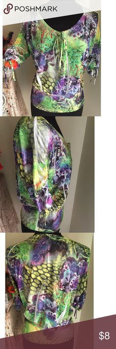 """SIMPLY IRRESISTIBLE Sz S STRETCH Tie Sleeve Top Simply Irresistible Sz small, multi-colored floral, stretchy, rushed tie 3/4 sleeves (dolman), 95% polyester, 5% spandex, Bust: 21"""" (Dolman Cut so wider) Length: 23"""". Smoke free home.  EXCELLENT condition. Simply Irresistible Tops Blouses"""