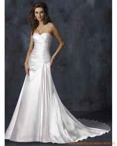 2013 Neue Schlichte Brautmode aus Satin Herzförmiger Ausschnitt A-Linie Rock mit der Schleppe