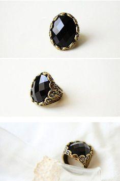 Black Vintage Gemstone Ring