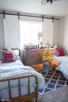 Little Boys Christmas Bedroom Red and Blue with barn door windows