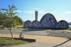 A Igreja de São Francisco é obra de Oscar Niemeyer, no Complexo da Pampulha. Veja em 360° >>> http://www.guiaviagensbrasil.com/imagens360/mg/imagens-360-graus-belo-horizonte/