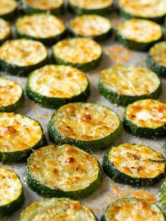Zucchini Side Dishes, Side Dishes Easy, Vegetable Side Dishes, Zucchini Oven, Roasted Zucchini Chips, Zucchini With Parmesan, Oven Roasted Veggies, Oven Roasted Squash, Breaded Zucchini