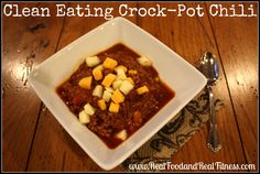 Clean Eating Crock Pot Chili, Super Easy and Delicious