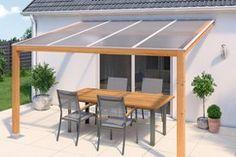 Long. 4 m. Larg. 1,25 m. Ép. 32 mm. Structure renforcée 10 parois. Densité : 3,7 kg/m². Avec protection anti-UV sur face extérieure. Utilisation en toiture ou e
