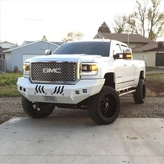 Just a clean looking truck!