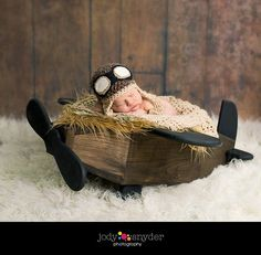 NEWBORN AVIATOR HAT with goggles Photography Prop - Crochet - Baby Aviator Hat Photography Prop - Boy Hat - Newborn Photography Prop