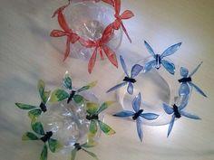 Aprenda aqui a fazer escultura de pequenas borboletas em garrafa pet, transformando em um lindo enfeite de mesa. Tutoriais gratuitos de Artesanato pela Artes...