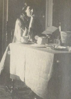 Virginia Woolf in 1917. I love this photo