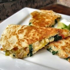The Other Side of Fifty: Chicken, Spinach and Cannellini Bean Quesadillas. These are delish. Think Food, I Love Food, Good Food, Yummy Food, Fun Food, Do It Yourself Food, Great Recipes, Favorite Recipes, Food Porn
