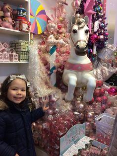 Korábban még sosem voltam a Karácsonyházban, de mivel két kicsi gyermekem van, úgy gondoltam jó lenne ráhangolódni az ünnepekre. Ráadásul a...