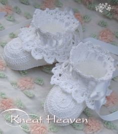 Antique Lace Baby Booties--I want to find a pattern for these. This is the right idea though!