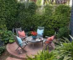 Brick patios complement all architecture styles and suit landscapes ranging from romantic to rustic. See how 15 lovely patios put brick to perfect effect. Patio Circular, Small Brick Patio, Small Patio Design, Patio Deck Designs, Small Outdoor Spaces, Small Backyard Landscaping, Brick Patios, Outdoor Rooms, Outdoor Living