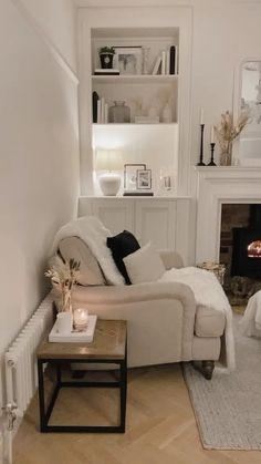 Living Room White, Living Room Paint, Home Living Room, Living Room Designs, Living Room Panelling, Living Room Flooring, Living Room Decor Inspiration, Interior Inspiration, Monochrome Interior
