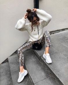 """06bc8707026bc Alicia Roddy on Instagram  """"Oh... the devil really does wear prada 💁🏻 ♀  more snake print added to the wardrobe -  missyempire trousers"""
