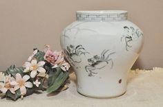 Antique Japanese Arita / Imari Porcelain Vase  Early by DLDowns
