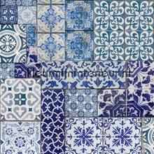 Oude Delfts blauwe tegeltjes behang Dutch Wallcoverings Trendy Hip