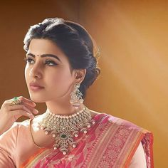 The gorgeous Samantha Akkinenei showcasing exquisite diamond sets in Nac Jewellers Ads Bridal Hairstyle Indian Wedding, Bridal Hairdo, Indian Bridal Hairstyles, Indian Bridal Makeup, Bridal Photoshoot, Justin Bieber, Saree Hairstyles, Bride Hairstyles, Beautiful Girl Indian