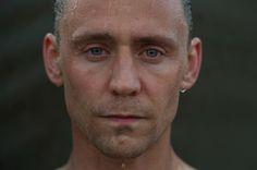 Tom Hiddleston. Photographed by Des Willie. Via Torrilla.