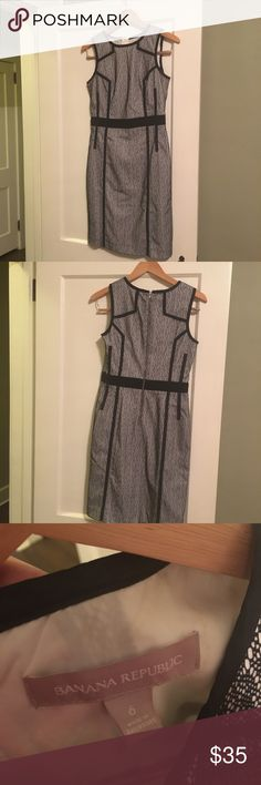 Classy work dress Great for the office or going out! Worn once Banana Republic Dresses Midi