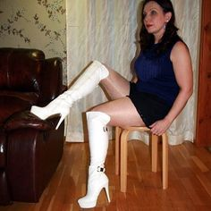 Still one with white kneehigh boots. #highheels #highheelboots #kneehighboots #stilettoheels #whiteboots #sergiotodzi #pantyhose #tights #collant #strumpfhose #glossytights #glossypantyhose #oroblu #shinypantyhose #lace #blacklaceshorts #sitting #fashionpantyhose #legs #gambe #fashion #mode #modeling #italyfashion #italianshoes @charlymnf
