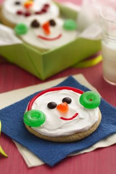 Here's a holiday sugar cookie that doesn't need rolling. Just four ingredients and simple candies make creating snowmen faces super fun and frosty.