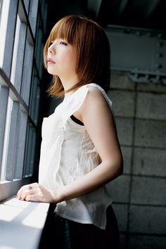 aiko (あいこ) 1975-, Japanese Singer,  柳井愛子