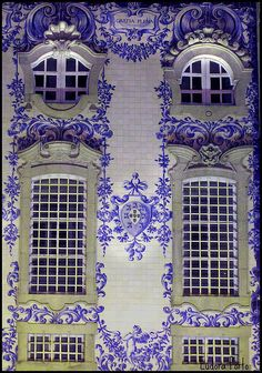 Windows of the Church of the Carmelite Order. Mosaic facade ~ Lisbon, Portugal