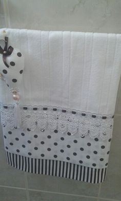decorative hand towels set of 2 - PIPicStats Dish Towels, Tea Towels, Sewing Crafts, Sewing Projects, Towel Dress, Decorative Hand Towels, Towel Crafts, Embroidered Towels, Hand Towel Sets