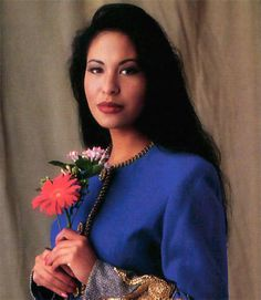 Photo of Selena ♥. for fans of Selena Quintanilla-Pérez 28911886 Selena Quintanilla Perez, Famous Celebrities, Celebs, Selena Mexican, Divas, Latin Artists, Corpus Christi, American Singers, Just In Case