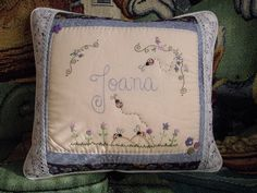 Pillows, almofada, embroidery