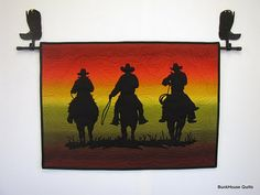 um, oh my goodness. I must try a quilted wall hanging like this for my mother in law! It's silhouettes of cowboys riding their horses . Western Quilts, Barn Quilts, Cowboy Quilt, Silhouette Images, Custom Quilts, Quilted Wall Hangings, Quilt Bedding, Longarm Quilting, Western Decor