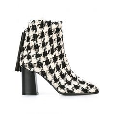 Msgm Two-Coloured Ankle Boots (6 565 UAH) ❤ liked on Polyvore featuring shoes, boots, ankle booties, black and white booties, msgm, bootie boots, ankle boots and black and white ankle boots