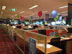 Single balloons on single weights for The Man to thank every single employee :) this was fun!
