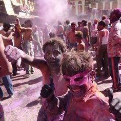 Holi Festival in Pushkar India. (Find out more about my travels: http://ift.tt/2avzERE)  #Pushkar #India #Travel #HoliFestival #Visit #World #Book #Globetrotter #voyage #discover #fun #gulal #ghats #rajasthan #ajmer (Copyrights  2016 Isabelle Blake. All rights reserved.)