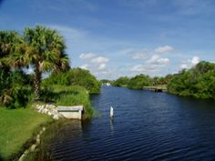 Time to Buy Land in Florida! 2 nice buildable lots for sale located in Port Charlotte, Florida! Great land deal online